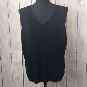 Dress Barn Black Scalloped VNeck Sleeveless Blouse